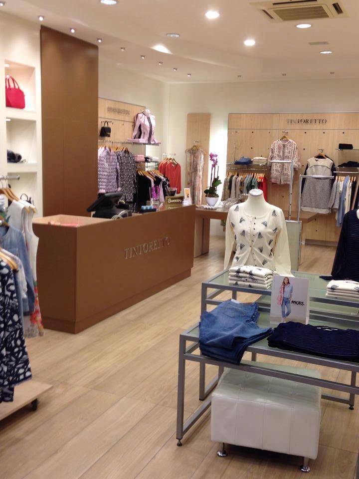 kledingwinkel-tegels